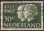 Sellos de Europa - Holanda -  Rein Juliana y Príncipe Bernardo  1962 30 céntimos