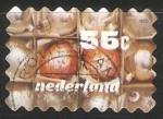 Sellos del Mundo : Europa : Holanda : Oliebollen - dulce típico de la cocina holandesa.