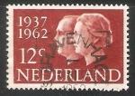 Sellos de Europa - Holanda -  Reina Juliana y principe Bernard