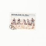 Stamps Africa - Mali -  PESCADORES EN FAENA