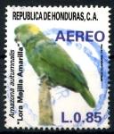 Stamps Honduras -  HONDURAS_SCOTT C760.01 LORA MEJILLA AMARILLA. $0,65