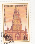 Stamps : Africa : Madagascar :  CATEDRAL DE ANTSIRABE-MADAGASCAR