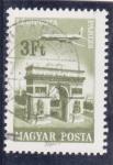Sellos de Europa - Hungría -  AVIÓN SOBREVOLANDO PARÍS