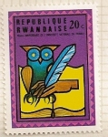 Sellos del Mundo : Africa : Rwanda : 10 Aniv. de la universidad nacional de Ruanda. Buho, pluma y libro.
