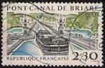 Sellos de Europa - Francia -   Puente del canal de Briare.