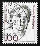 Sellos de Europa - Alemania -  Therese Giehse (1898-1975) actriz