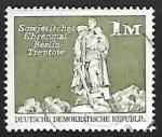 Sellos de Europa - Alemania -  Monumento sovietico  en Berlin