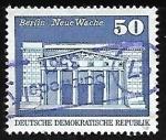 Sellos de Europa - Alemania -  Edificio de la Nueva Guardia de Berlín