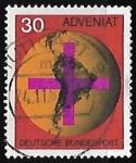 Sellos de Europa - Alemania -  Cruz en frente del globo terrestre