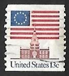 Sellos de America - Estados Unidos -  Bandera sobre Independence Hall