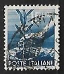 Sellos de Europa - Italia -  Una mano plantando un olivo