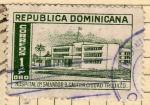 Stamps : America : Dominican_Republic :  Hospital Salvador Gautier
