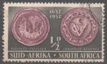 Stamps : Africa : South_Africa :  SELLO  DE  RIEBEECK  Y  MONOGRAMA  DE  LA  COMPAÑIA  HOLANDESA  DE  LAS  INDIAS  ORIENTALES