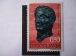Stamps Yugoslavia -  Busto de bronce