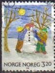Stamps : Europe : Norway :  NORUEGA 1990 Scott 0986 Sello Navidad Christmas Dibujo de niños Usado