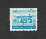 Sellos de Asia - Pakistán -  Agricultura-Tractor