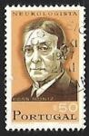 Sellos de Europa - Portugal -  Antonio Egas Moniz (1874-1955) neurologist