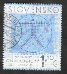 Stamps : Europe : Slovakia :  675 - Instituto nacional del cáncer