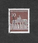 Stamps Germany -  952 - Puerta de Brandenburgo