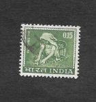Stamps India -  412 - Recolección de Té