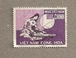 Sellos de Asia - Vietnam -  Mujer tocando instrumento musical