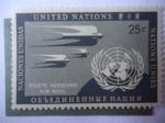 Stamps : America : ONU :  Golondrinas y Emblema de la ONU - Airmail