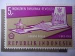 Stamps : Asia : Indonesia :   Monumento Nacional de los Héroes Revolucionarios Caidos en Putrajaya-Malasia.