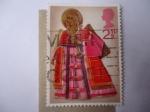 Stamps Europe - United Kingdom -  Navidad 1972 - Ángel sosteniendo la Trompeta