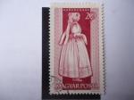 Stamps Hungary -  Mujer de Karancsság-Traje típico-