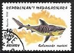 Sellos de Africa - Madagascar -  Tiger Shark