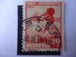 Stamps : Europe : Switzerland :  Pro Juventud-Costumbres y Tradiciones - Chica de Uri - Retrato de Salomon Gessner (1730-1788)