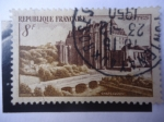 Stamps Europe - France -  Castillo Chateaudum