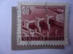 Sellos de Europa - Hungría -  Presa de Tiszalök - Edificios del Plan Plan-Five en Budapest.