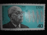 Stamps Europe - Germany -  DDR/RDA Personaje