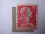 Stamps Europe - France -  Marianne-Coronada de Laureles y enfrentada al Sol-Diseño de:Charles Louis Müller.