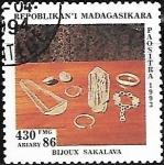 Stamps : Africa : Madagascar :  Joyeria Sakalava