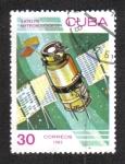 """Stamps : America : Cuba :  Día del Espacio, Satélite """"Meteor"""" (URSS)"""