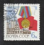 de Europa - Rusia -  20 aniversario de la Liberación de Varsovia, medalla de la liberación, bandera polaca y reconstrucci