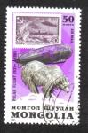 Sellos de Asia - Mongolia -  Vuelo polar de Graf Zeppelin, 50 aniversario. Oso polar (ursus maritimus)