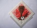 sellos de Europa - Rusia -  Trofeo Jules Rimet Futbol - Campeonato Mundial de futbol y Campeonato de Esgrima.