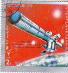Stamps Yemen -  AERONAUTICA- ESTACIÓN INTERPLANETARIA