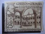 Stamps : America : Colombia :  III Centenario  del Colegio Mayor de Nuestra Señora del Rosario (1653-19539 - Claustro y Estatua  de