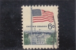 Stamps United States -  BANDERA ESTADOUNIDENSE Y CASA BLANCA