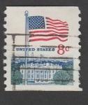 Stamps : America : United_States :  Bandera USA sobre la casa blanca