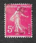 Stamps France -  161 - El Sembrador sin Suelo