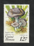 Stamps : Africa : Guinea_Bissau :  346 - Champiñón, Lepista nuda