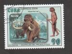 Stamps : America : Cuba :  Hombres y animales del paleolitico