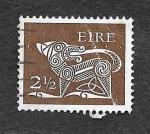 Sellos de Europa - Irlanda -  294 - Perro de Ancient Brooch