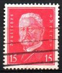 Stamps Europe - Germany -  PRESIDENTE  PAUL  von  HINDENBURG