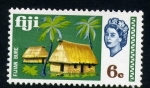 Stamps Oceania - Fiji -  cabaña nativa